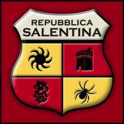 Immagine di Adesivo Repubblica Salentina 6x6 sfondo rosso